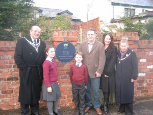 October 2009 a Maghull Town Council historic plaque is unveiled by the then Mayor of Maghull Cllr. Geoff Howe.