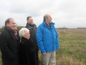 Lib Dem Deputy Leader Simon Hughes MP with Sudell Ward Sefton Cllr. Bruce Hubbard at the site in Maghull where Labour run Sefton Council wants to built 1,600 houses on high grade agricultural land. Bruce's Lib Dem team opposes Labour's plans.