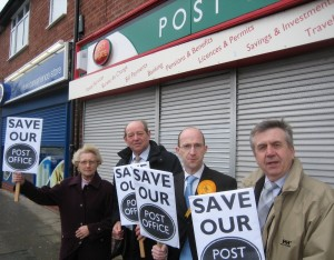 rsz_protesting_about_labours_post_office_closures_in_lydiate