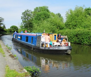 rsz_canal_barge