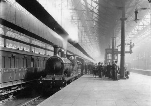 Liverpool Exchange Station - Hull train departing 21 09 1909