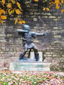 Statue of Robin Hood outside Nottingham Castle